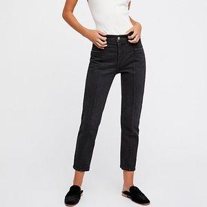 Faded black levi jeans